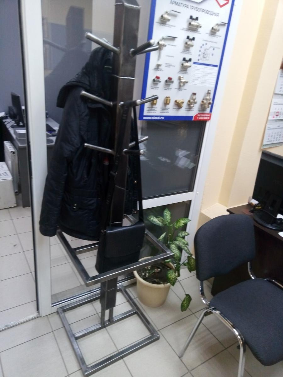 Вешалка напольная ЛК-301
